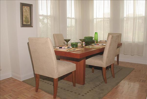 2434 model dining room pic8t