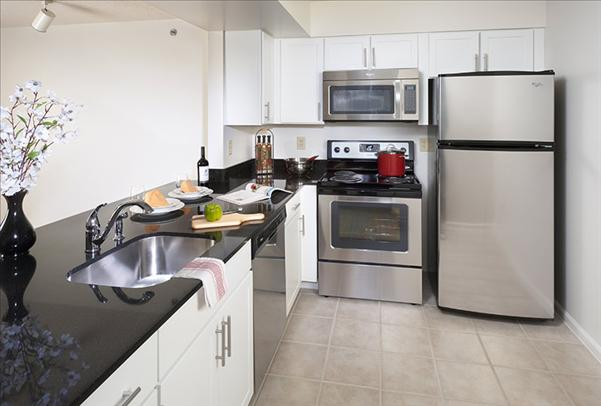 Clarendon Courthouse 2 Bedroom Rental At 2250 Clarendon